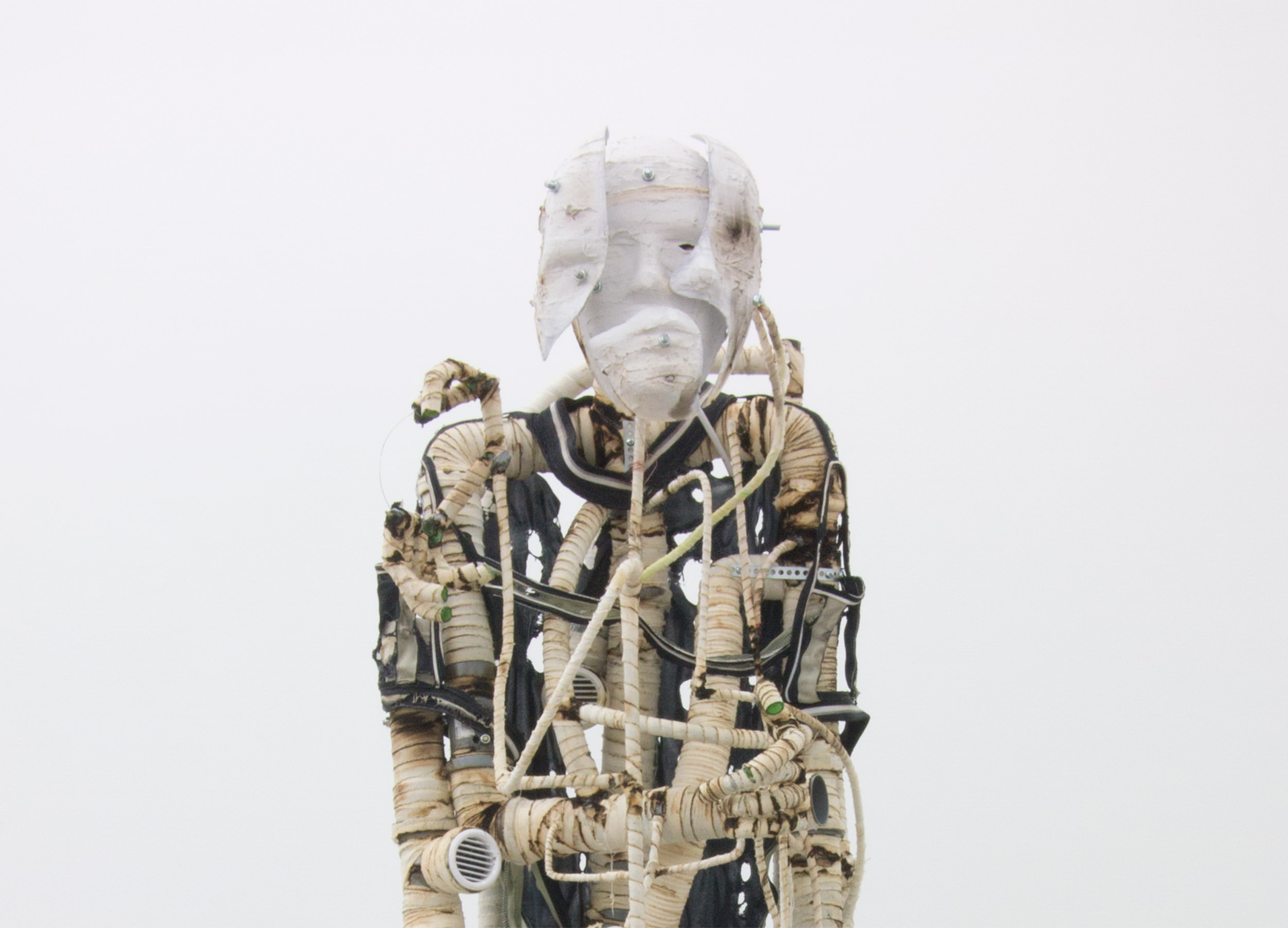 Renaud Jerez, EXRHB2, 2014. PVC, aluminum, fabric, jersey, rubber, 180 x 55 x 45 cm. Courtesy of the Artist and Crèvecoeur, Paris.