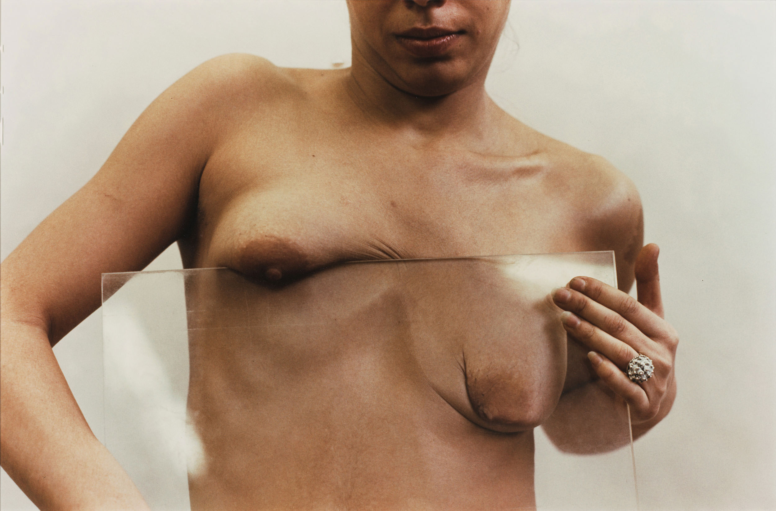 Ana Mendieta, Untitled (Glass on Body), 1972.
