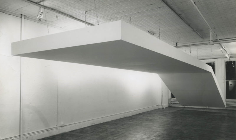 Robert Grosvenor, Untitled, 1968. Steel and plywood painted white. Installation view: Paula Cooper Gallery, New York, 1970. © Robert Grosvenor. Courtesy Paula Cooper Gallery, New York. Photo: Dan Lenore.