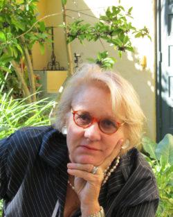 Image of Beth Dunlop
